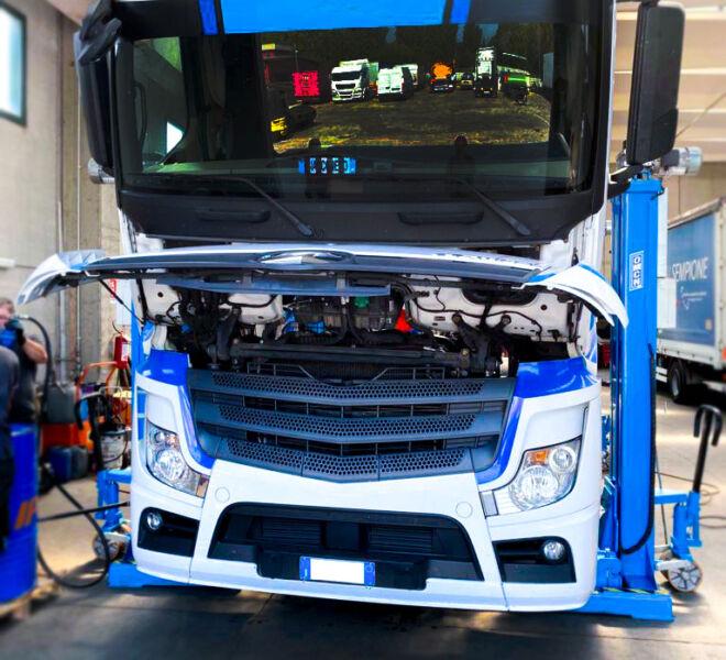 Officina-srl-veicoli-commerciali-riparazione-camion